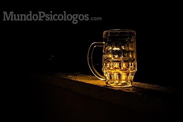 Alcoholismo: cómo prevenir la recaída