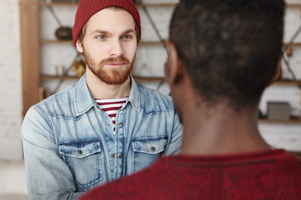 ¿Qué es la comunicación no verbal? ¿Cómo leer el lenguaje corporal?
