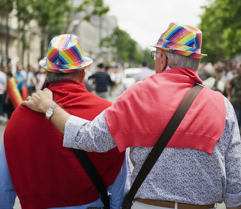 Ser anciano y gay: una doble discriminación
