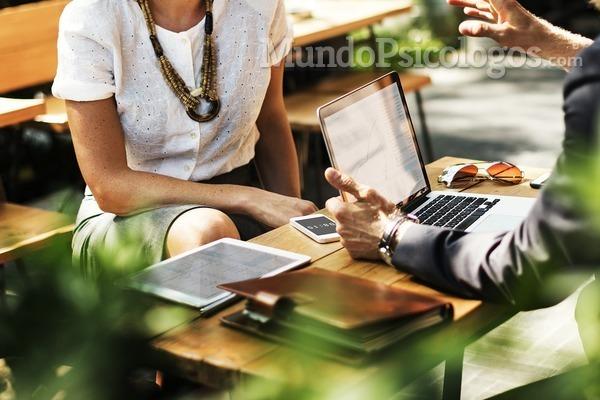 ¿En qué se fijan los psicólogos de recursos humanos cuando hacen una entrevista?