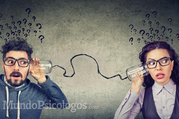 Psicología del rumor: ¿cómo se propagan los chismes?