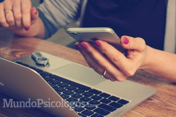 La terapia online, tu psicólogo en tu móvil