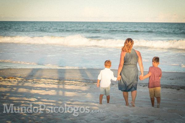 Las consecuencias del abandono del padre o la madre