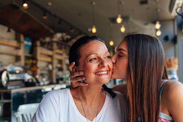 La relación entre la madre y los trastornos alimenticios