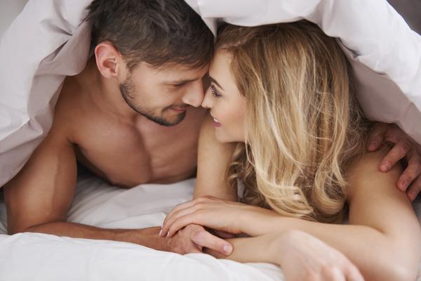 ¿Qué es el sexo tántrico y cómo practicarlo?