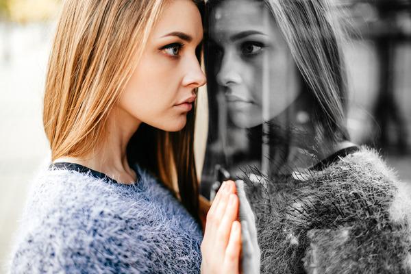 ¿Qué es el alter ego y cómo nos puede beneficiar psicológicamente?