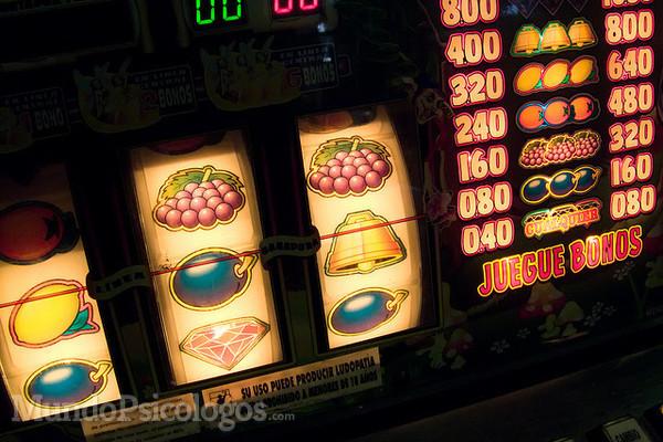 La ludopatía es un impulso incontrolable de jugar con dinero