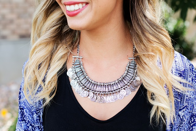 necklace-518268-640.jpg